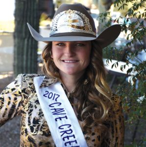 2017 Queen Samantha Erdmann
